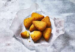 Cheese Triangles (7 pieces)